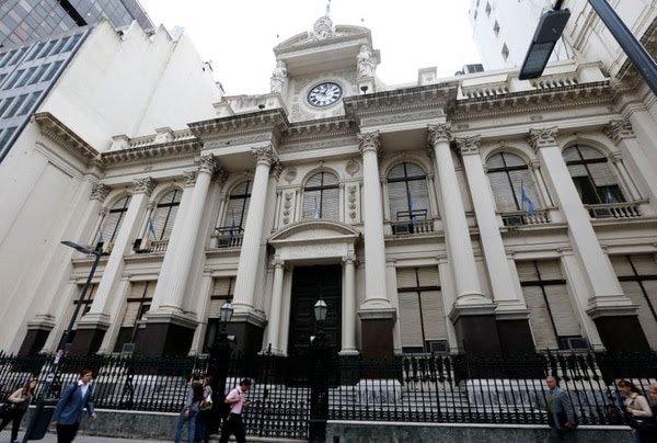 Flexibilización del control de cambios: el Banco Central habilitó a las empresas a girar utilidades en base a sus inversiones en el país
