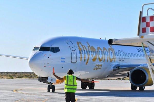 La aerolínea Flybondi respondió a las declaraciones de Meoni