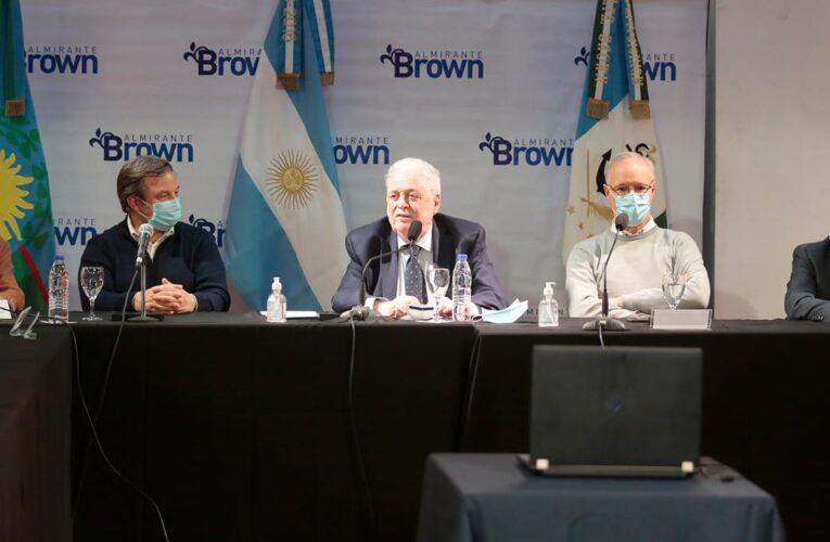 Cascallares encabezó con Ginés González García y Gollán la entrega de equipamiento.