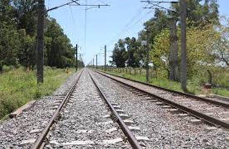 Florencio Varela: Un hombre ardió en llamas en las vías ferroviarias