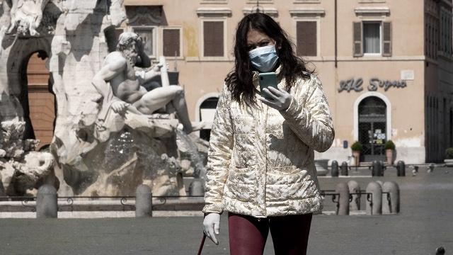 Italia: el retraso de Pfizer en la entrega de dosis demorará la vacunación de mayores de 80
