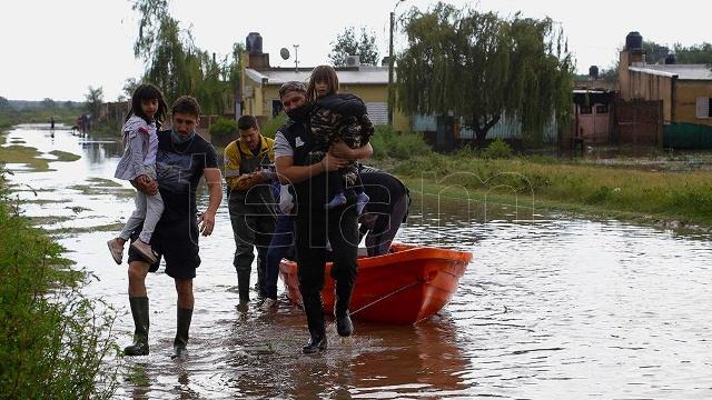 Importante crecida de ríos en Córdoba e inundaciones en Mendoza y La Pampa