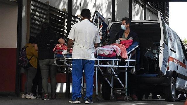 """Autoridades médicas califican de """"muy alarmante"""" la situación en hospitales y sanatorios"""