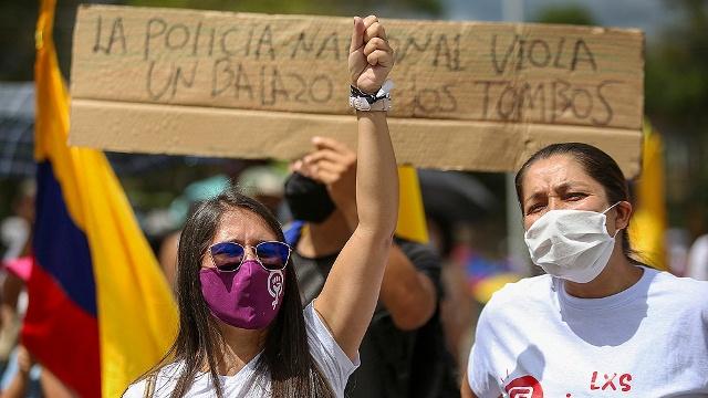 En medio del diálogo y protestas, renunció el negociador central del Gobierno de Colombia