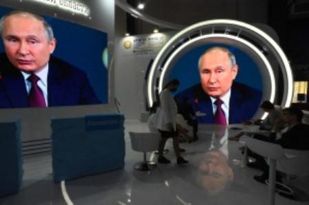 Putin defiende las vacunas rusas y marca diferencias con EEUU antes de cumbre con Biden