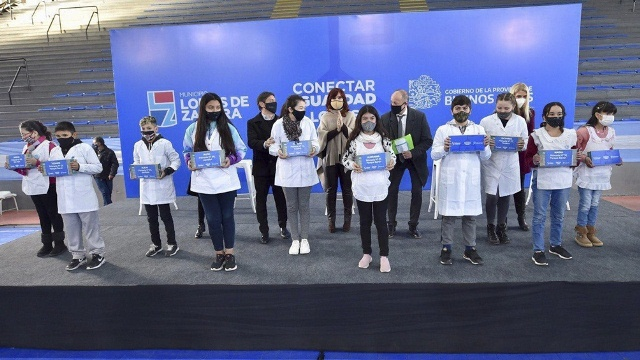 """Cristina pide un debate """"serio"""" a responsables de la deuda con el FMI para no generar más """"hambre"""""""